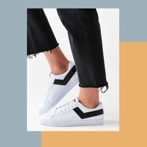 NEW PONY WHITE LOW TOP SNEAKERS